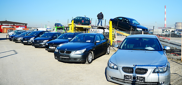 Should you Buy your Next Vehicle from a Car Auction?