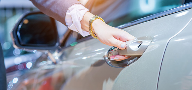 Should You Lease a Car? Advantages of Leasing vs Buying