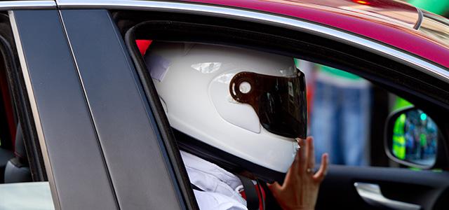 WATCH: Top Gear's Stig Spins the Honda NSX