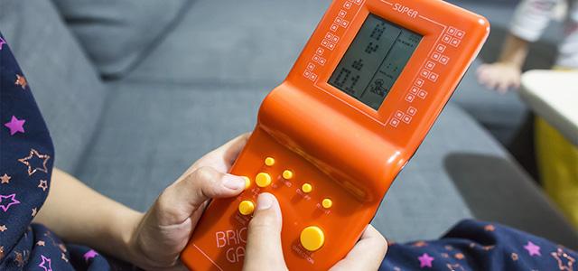 Onboard feature: Tetris!