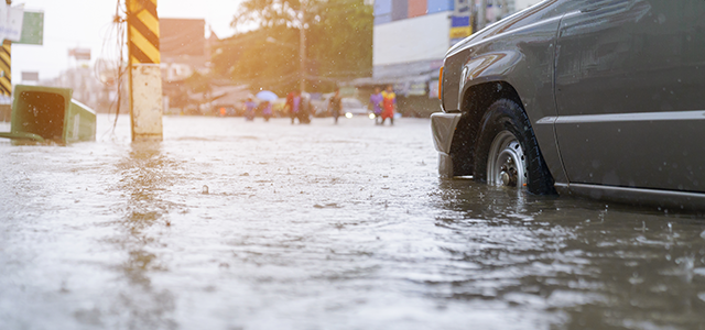 Flash floods: #7 Ways to Drive Safely in a Flood